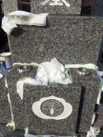 千葉県浦安市墓石クリーニング作業